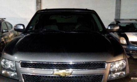 Conducía camioneta con reporte de robo y fue detenido en el Municipio de Pabellón de Arteaga