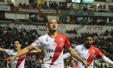 ¡Necaxa dejo sin garras al León y le mete 4 goles en su casa!