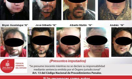 ¡Fuerzas Especiales de la Fiscalía de jalisco capturan a 9 sicarios con un arsenal en Mexticacán!