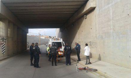Auxilian policías a sujeto que intentó quitarse la vida