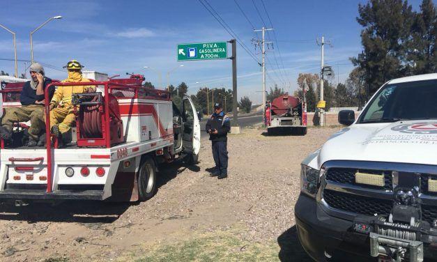 Bomberos Estatales sofocaron incendio de pasto seco