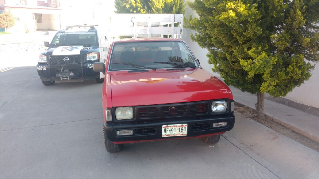 Policías Estatales recuperaron camioneta con reporte de robo