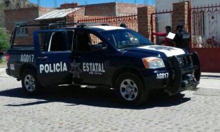 Detienen a mujer con orden de aprehensión vigente por delitos contra la salud