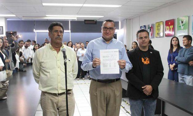"""¡Coalición """"Por México al Frente"""" presenta solicitud de registro de candidatos ante el INE!"""