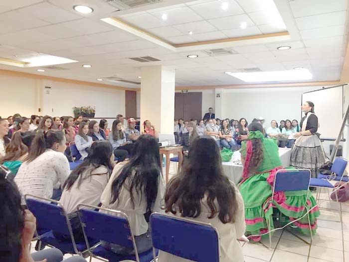 ¡Asociaciones y Clubes de Charros participan en seminario de actualizacion!