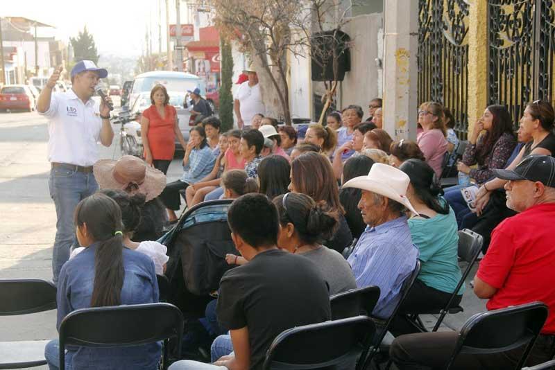 ¡Más empleo y mayor seguridad, pricipales inquietudes de la ciudadanía: Leo Montañez!