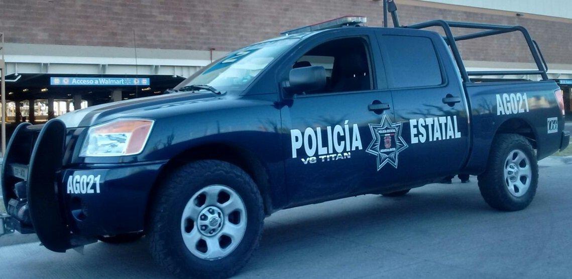 Policías estatales recuperan vehículo con reporte de robo