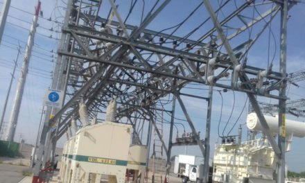 ¡Empleado de sub estación eléctrica sufrió una descarga en Rincón de Romos!