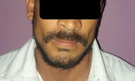 En el Municipio de Calvillo, fue detenido presunto cristalero en posesión de droga