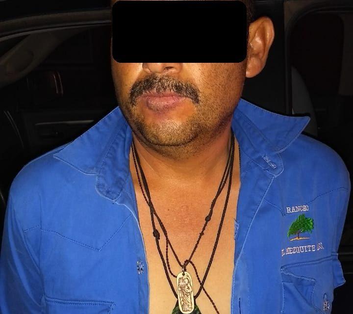 Policías Estatales capturaron a un individuo que conducía un vehículo robado