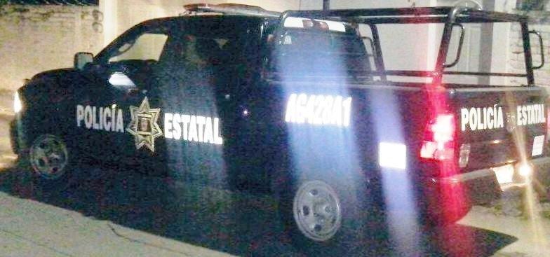 Policías estatales proporcionan apoyo de traslado a persona que presentaba problemas para respirar