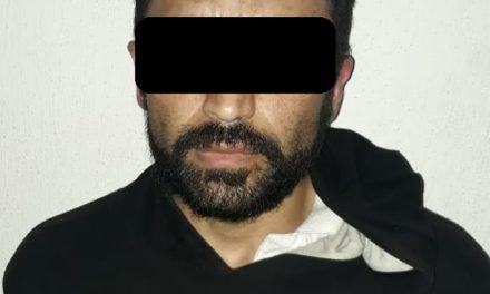 Detienen policías estatales a presuntos distribuidores de droga en Lomas del Ajedrez