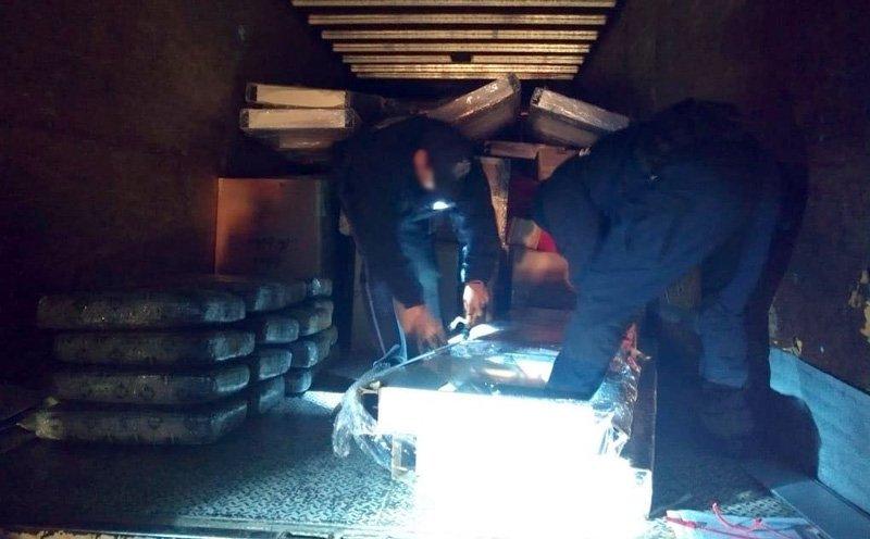 Policía Federal detecta 200 kilos de mota en un camión en Zacatecas