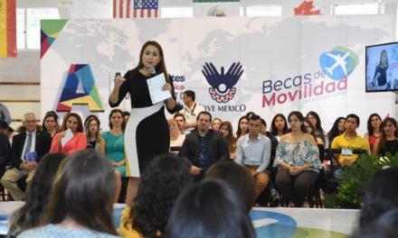 ¡Tere Jiménez impulsa desarrollo de jóvenes hidrocálidos en el extranjero!