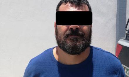 Fue detenido en el municipio de Pabellón de Arteaga una persona en posesión de droga, moneda extranjera y un lote joyas