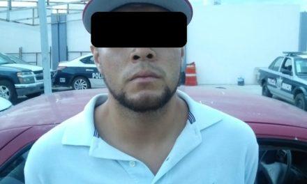Fue detenido en el municipio de Pabellón de Arteaga una persona que conducía un auto robado