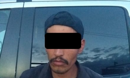 Aseguran a un presunto asaltante en posesión de droga en el municipio de Pabellón de Arteaga.
