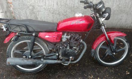 Policías recuperan motocicleta con reporte de robo en Jesús María