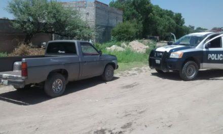 En Asientos fue recuperada una camioneta  con reporte de robo