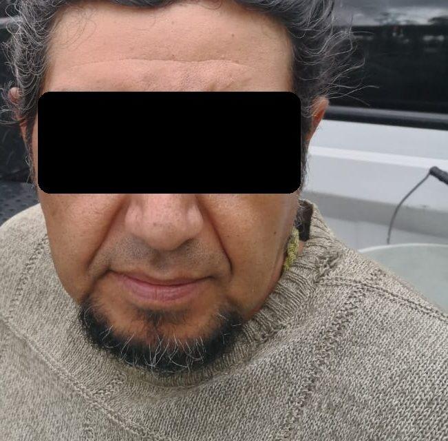 Fue detenido un sujeto en Jesús María cuando desmantelaba un vehículo robado