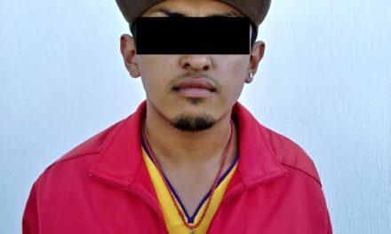 En el Municipio de Pabellón de Arteaga, fue detenido un individuo en posesión de droga