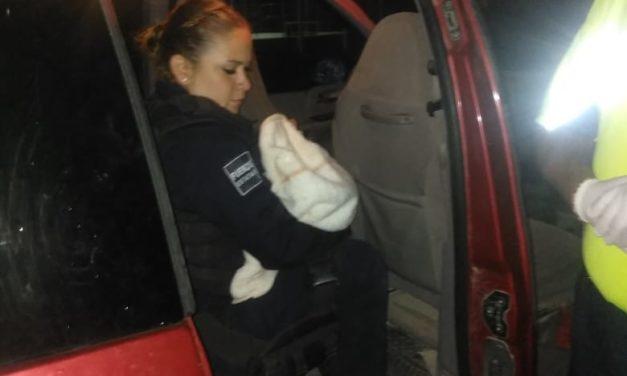 Auxilian elementos de la SSPE y del Ejército Mexicano a una mujer a dar a luz en el municipio de Asientos