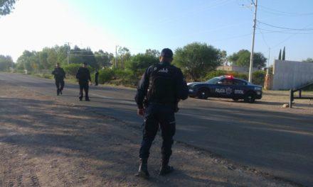 Elementos de la Secretaría de Seguridad Pública del Estado y policías municipales de Jesús María atienden reporte de persona fallecida en choque