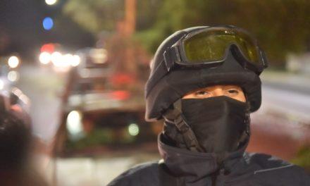 Policías estatales aseguran tres cargadores con cartuchos útiles en Cosío