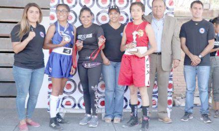 ¡Academia de boxeo femenil del IDEA participa en Encuentro Regional de San Luis Potosí!