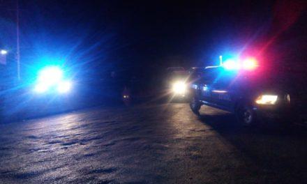 Policías Estatales atienden reporte de volcadura en Peñuelas