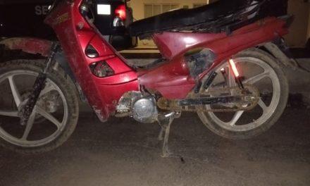 Aseguran en Jesús María, motocicleta con alteraciones