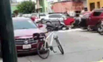 ¡Ejecutan a un motociclista cerca de la Presidencia Municipal de Fresnillo!