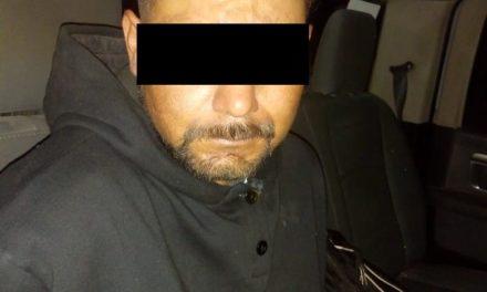 En el municipio de Asientos, fue detenido un individuo en posesión de droga