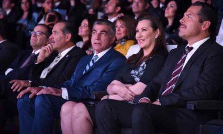 ¡Asiste Gobernador MOS al primer evento del nuevo gobierno en Puebla!