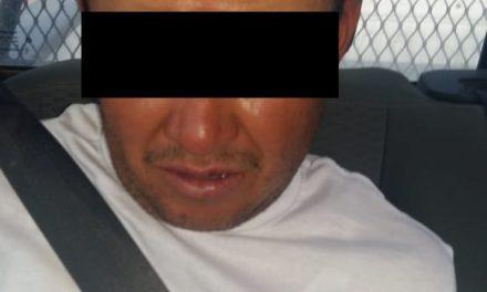 En el municipio de Asientos fue detenido sujeto en posesión de droga