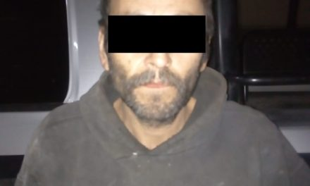 Cuenta con orden de aprehensión vigente  por delitos contra la salud y fue detenido en San Francisco de los Romo