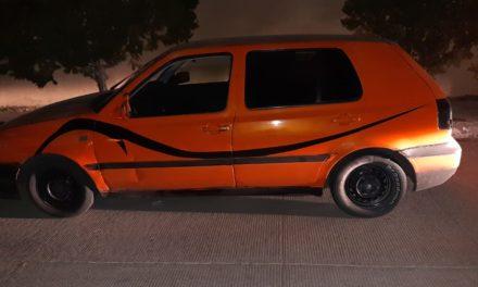 Vehículo con reporte de robo fue recuperado en el municipio de San Francisco de los Romo