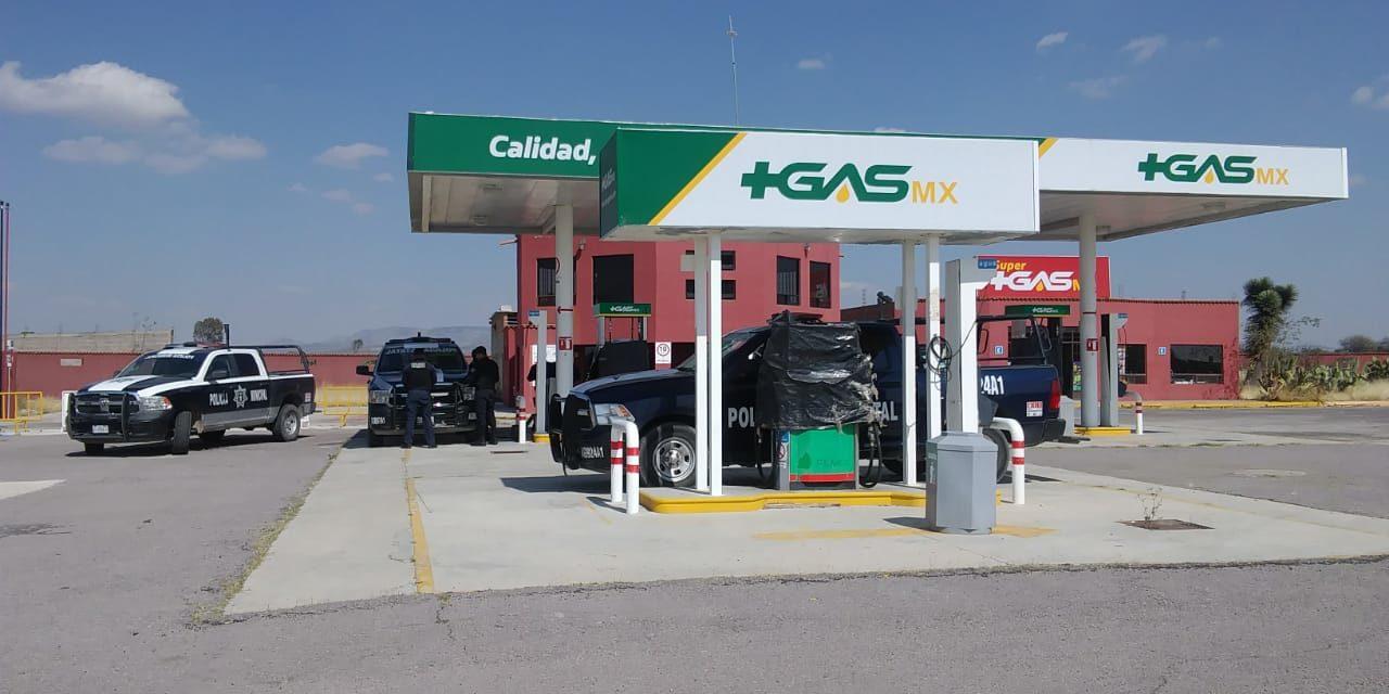 Elementos de la Secretaría de Seguridad Pública del Estado aseguraron casi 4 mil  litros de combustible en el municipio de Asientos