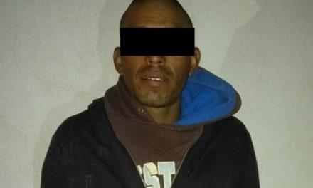 Minutos después de apoderarse de una camioneta fue detenido en Rincón de Romos