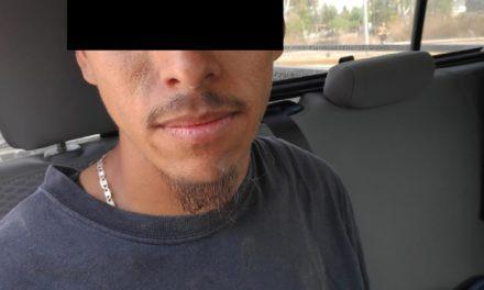 Cuenta con una orden de aprehensión vigente por robo calificado y fue detenido en el municipio de El Llano