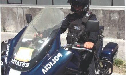 Conducía un BMW con placas sobrepuestas y fue detenido por elementos de la SSPE