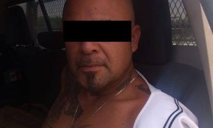 Contaba con una orden de aprehensión vigente y fue detenido en Cosío al ser sorprendido en una operación de compra venta de enervantes