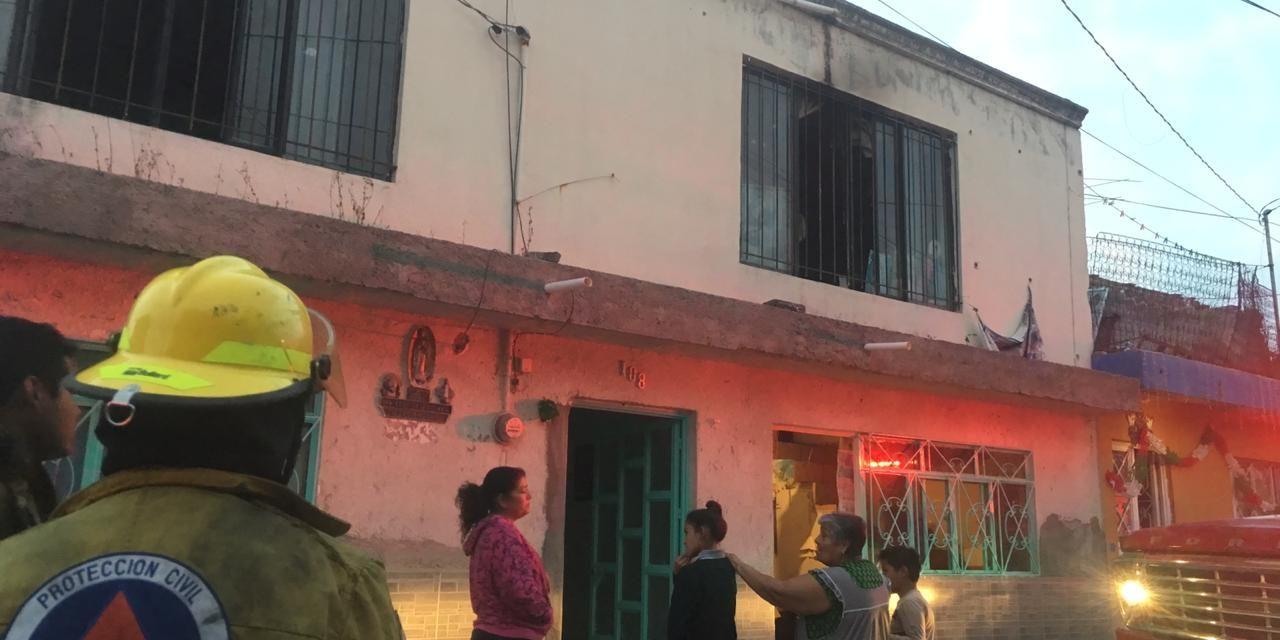 Bomberos sofocan incendio domiciliario en Jesús María