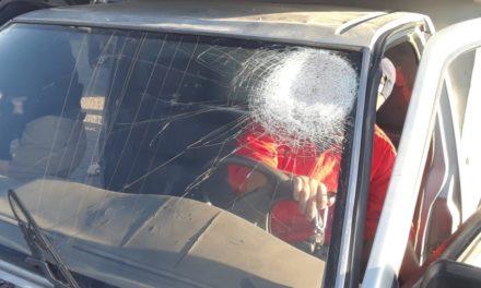 Por lesiones y daños, dos jóvenes fueron detenidos en el Parque Industrial Chichimeco por elementos de la SSPE