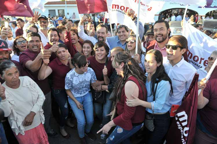 ¡Militantes y simpatizantes de MORENA respaldan registro de Arturo Ávila!