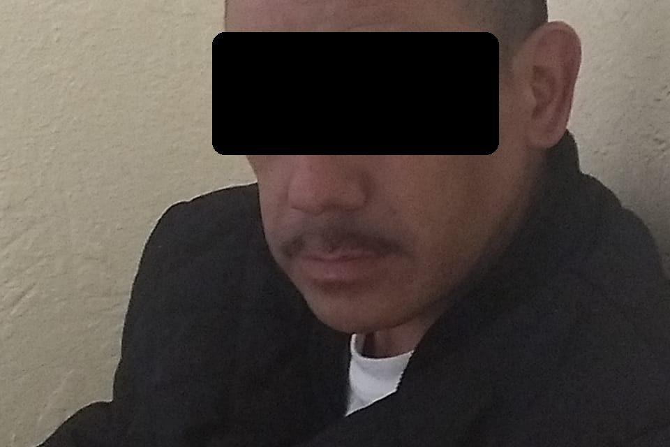 Policías estatales y  federales de la división de Gendarmería detuvieron a dos personas en posesión de droga crystal