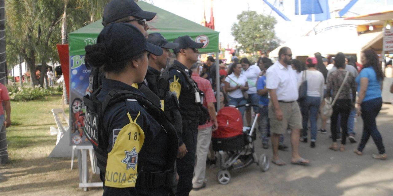 Policías estatales auxiliaron a un menor que se encontraba extraviado,  ya está con su progenitor