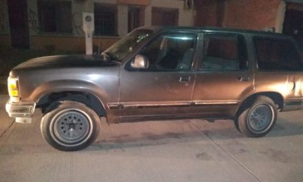 Dos vehículos con reporte de robo fueron recuperados en el municipio de San Francisco de los Romo