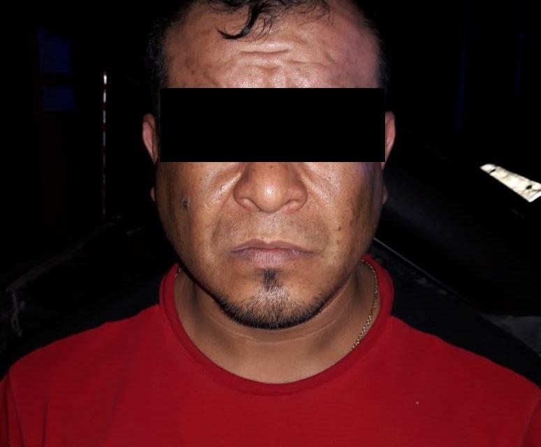 Viajaba en camioneta con placas de Querétaro en la cual se detectó droga crystal