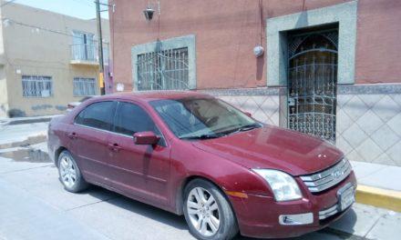 Fue detenido el conductor de un vehículo con placas sobrepuestas en el municipio de Rincón de Romos